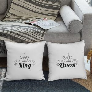 Perne King and Queen pentru cupluri.